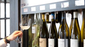 Restaurant Dickens Huizen : Riva wijnlounge u wijnbar in huizen